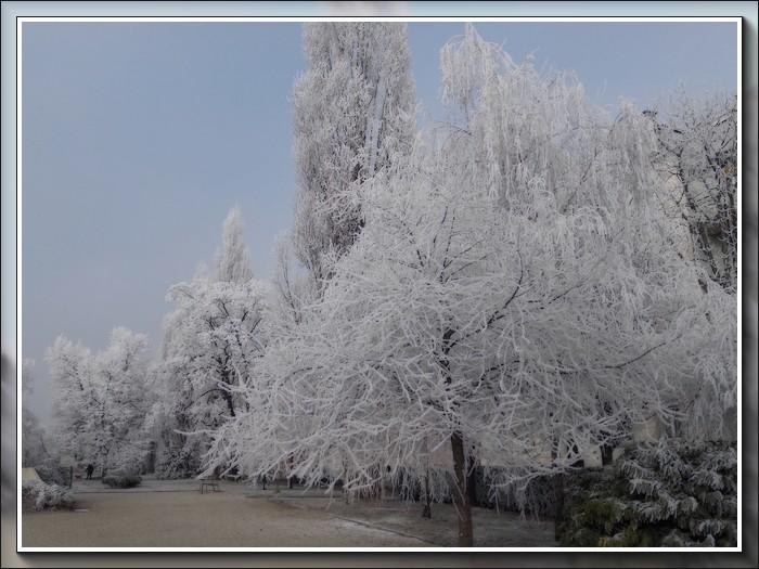 An den Beitrag angehängtes Bild: http://kepmester.silihost.hu/images/1692/10773/00000003.jpg