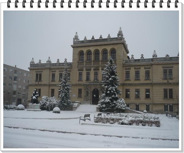 An den Beitrag angehängtes Bild: http://kepmester.silihost.hu/images/1692/9329/00000028.jpg
