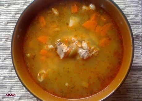 Csirkés Ciorba leves