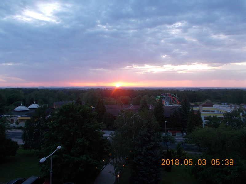 http://kepmester.silihost.hu/images/279/10052/00000042.jpg
