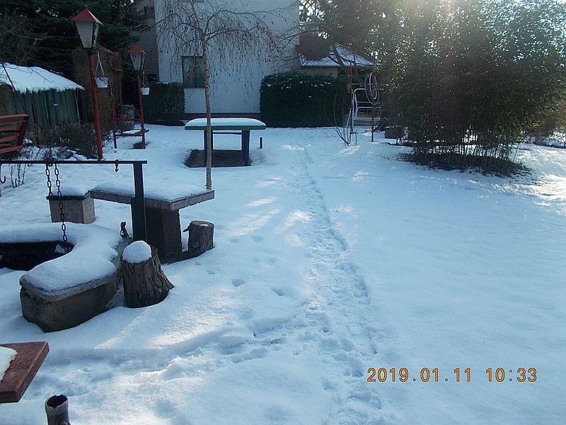 http://kepmester.silihost.hu/images/279/10673/00000517.jpg