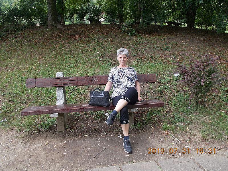 http://kepmester.silihost.hu/images/279/11075/00000006.jpg