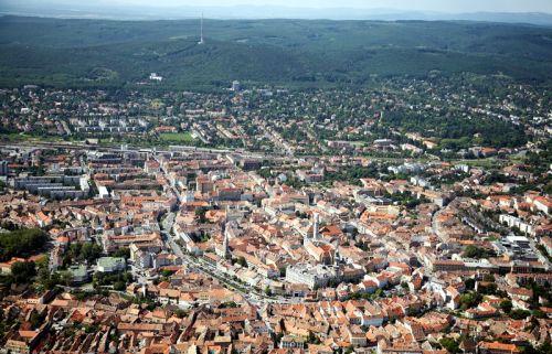 Légi felvétel a városról