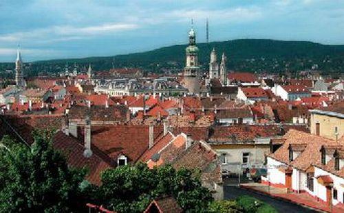 Sopron város látképe